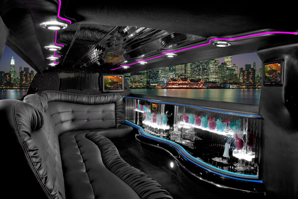 Chrysler 300 Limo Coral Springs FL