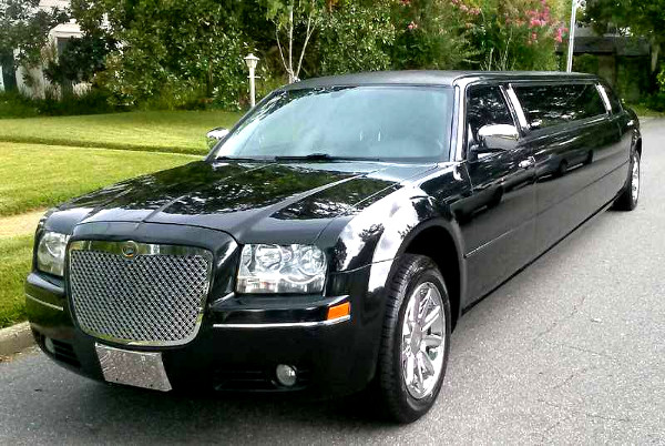 Coral Springs Florida Chrysler 300 Limo